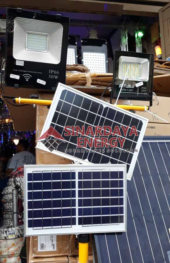 Gambar Solar Cell PJU Tenaga Surya Waingapu Sumba
